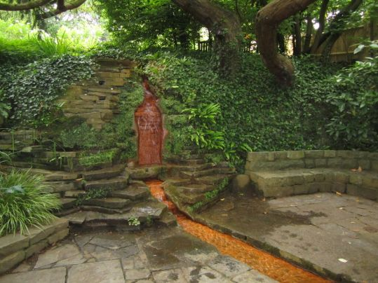 Chalice well red water.jpg